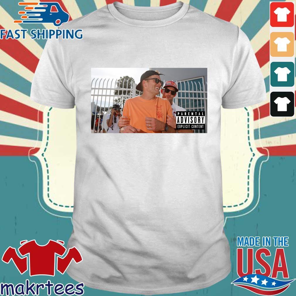 Tom Brady reacts to J.D. Martinez's awesome shirt
