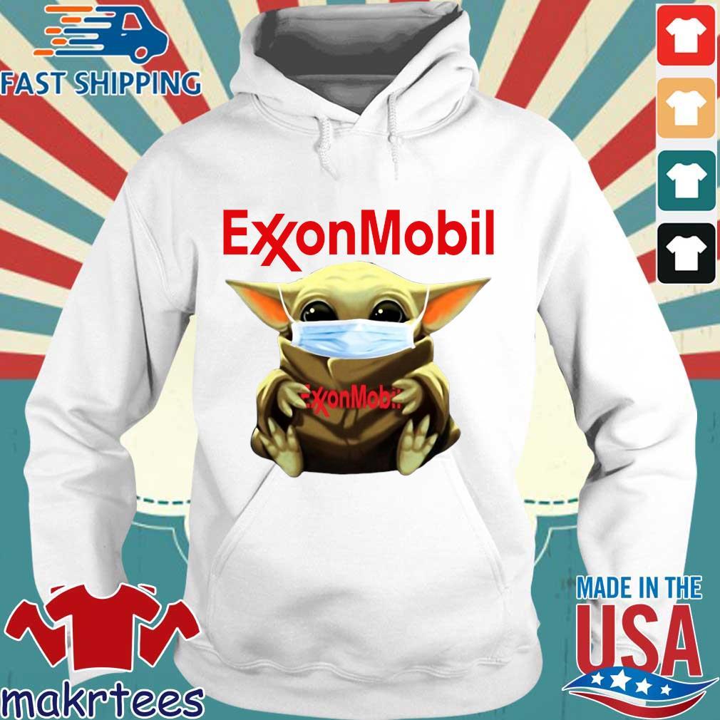 Baby Yoda Face Mask Hug Exxon Mobil Shirt Hoodie trang