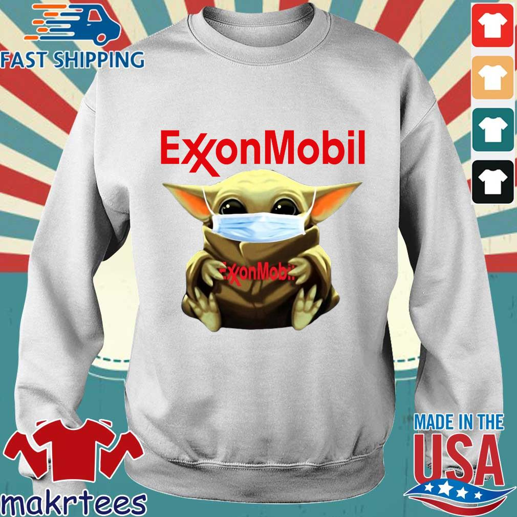 Baby Yoda Face Mask Hug Exxon Mobil Shirt Sweater trang