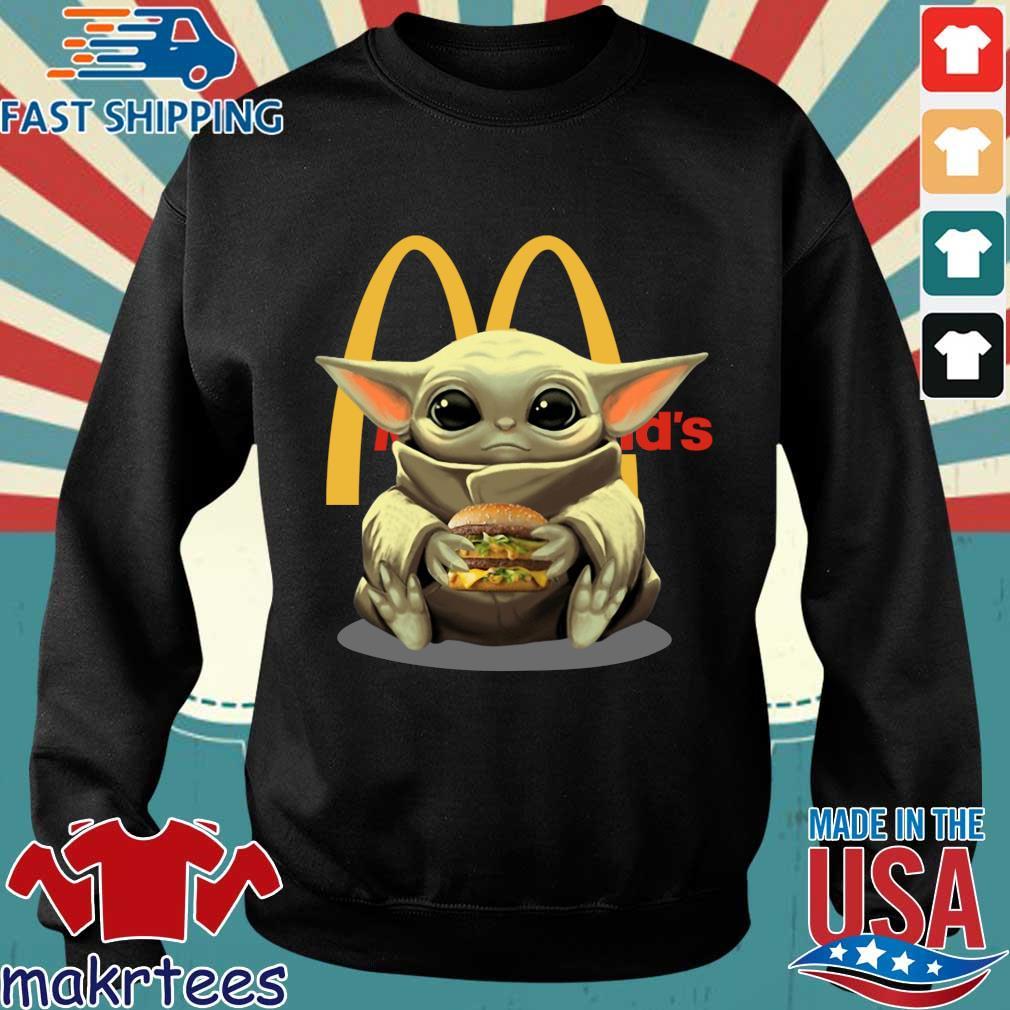 Baby Yoda Hug Hamburger Mcdonald_s Shirt Sweater den