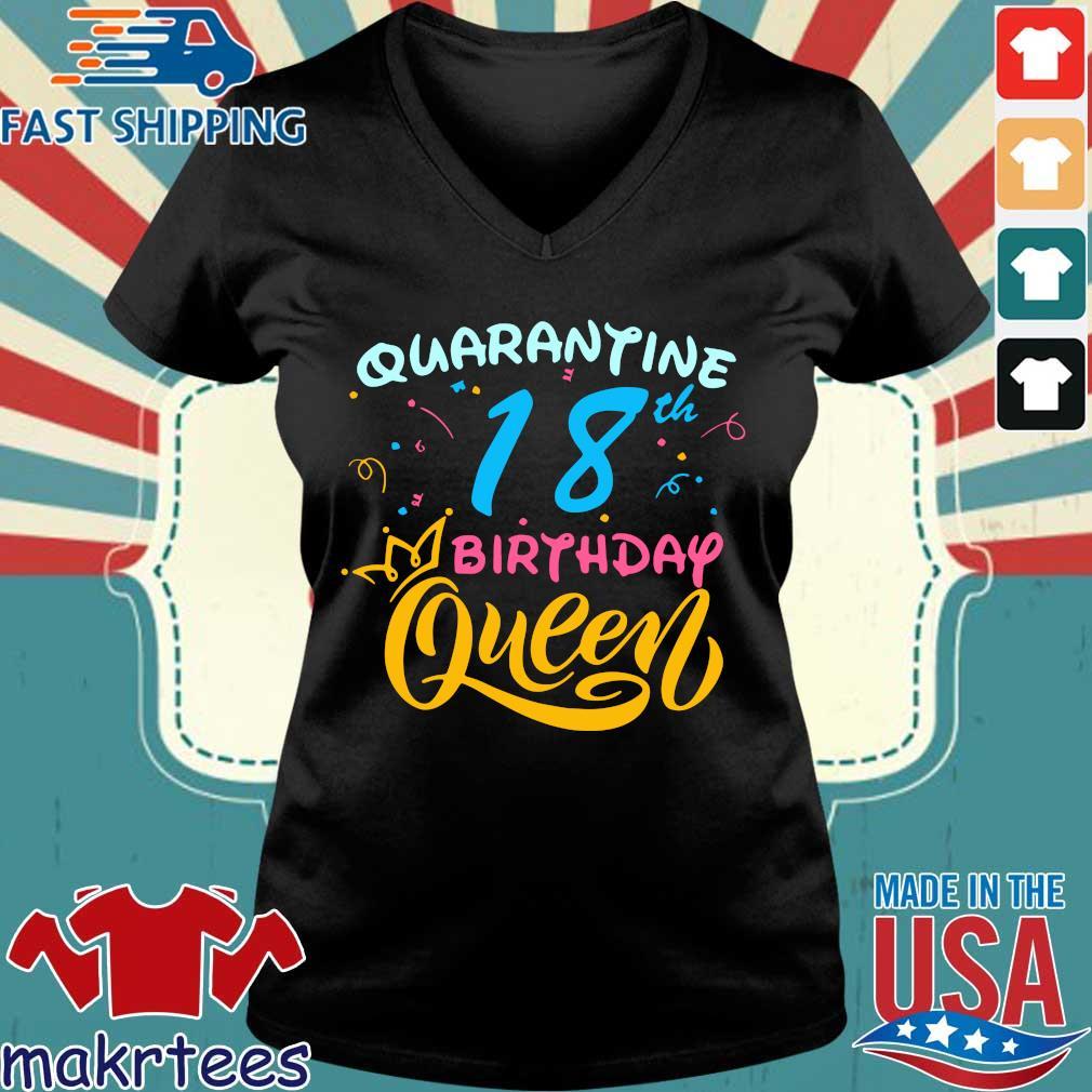 Born in 2002 My 18th Birthday Queen Quarantine Social Distancing Quarantined Birthday Shirt Ladies V-neck den