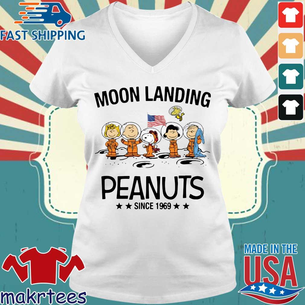 Moon Landing Peanuts Since 1969 Tee Shirts Ladies V-neck trang