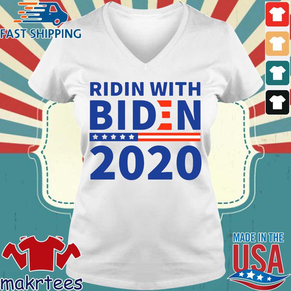 Ridin With Biden 2020 Shirt Ladies V-neck trang