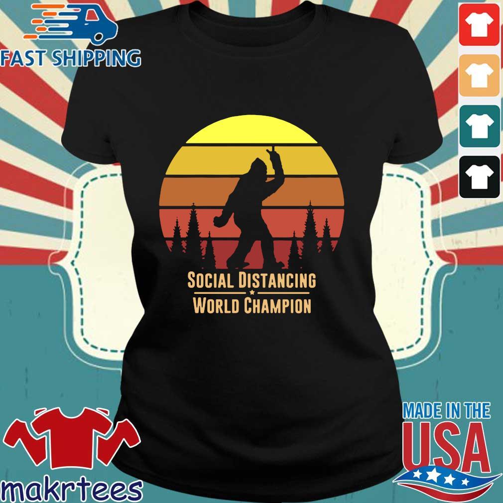 Social Distancing World Champion – Bigfoot Yeti Sunset T-Shirt Ladies den