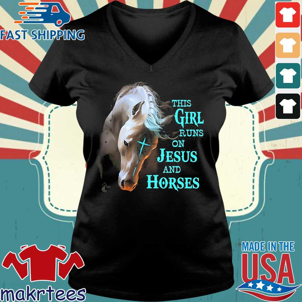 This Girl Runs On Jesus And Horses Shirt Ladies V-neck den