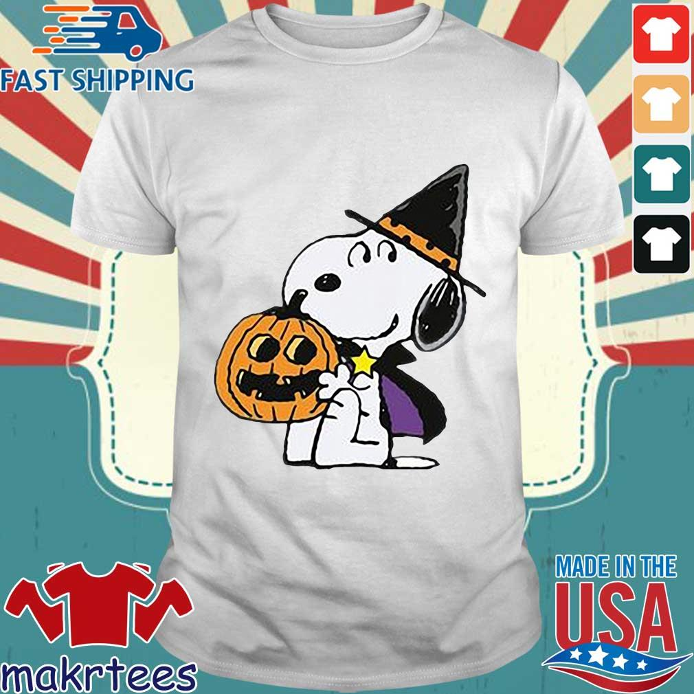 Witch Snoopy hug pumpkin Halloween shirt